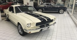 FORD MUSTANG 1965 FASTBACK TIPO SHELBY VENDIDO